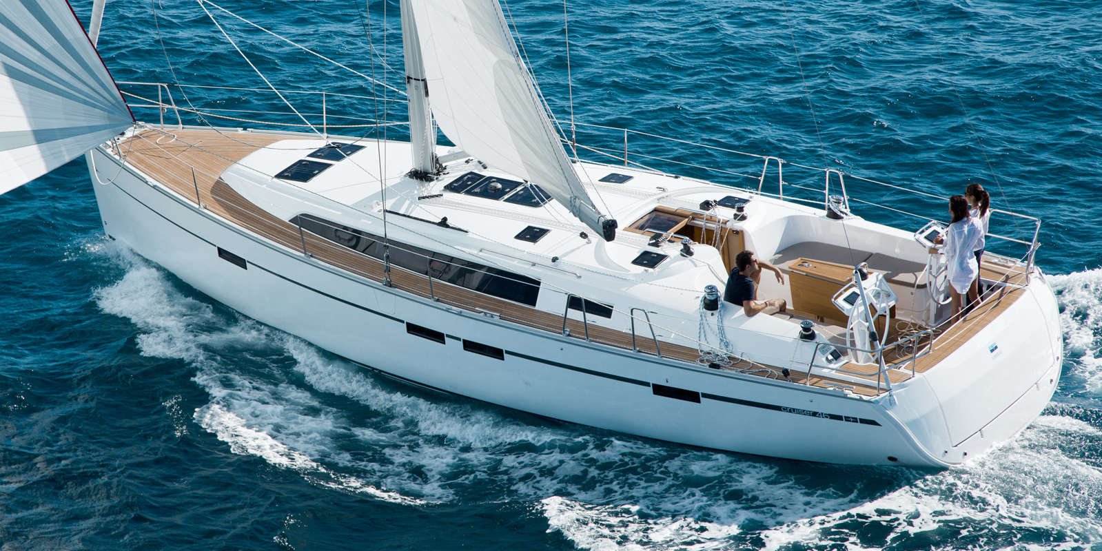 Puntea-Terasa-Inchiriere-Petreceri-Croaziere-Vacante-Yacht-Bavaria-Cruise46_2