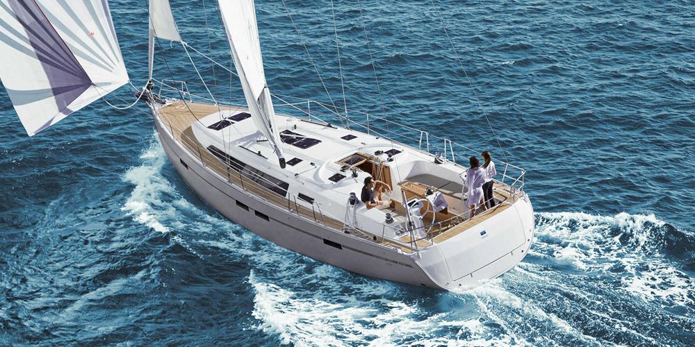 Puntea-Terasa-Inchiriere-Petreceri-Croaziere-Vacante-Yacht-Bavaria-Cruise46_5